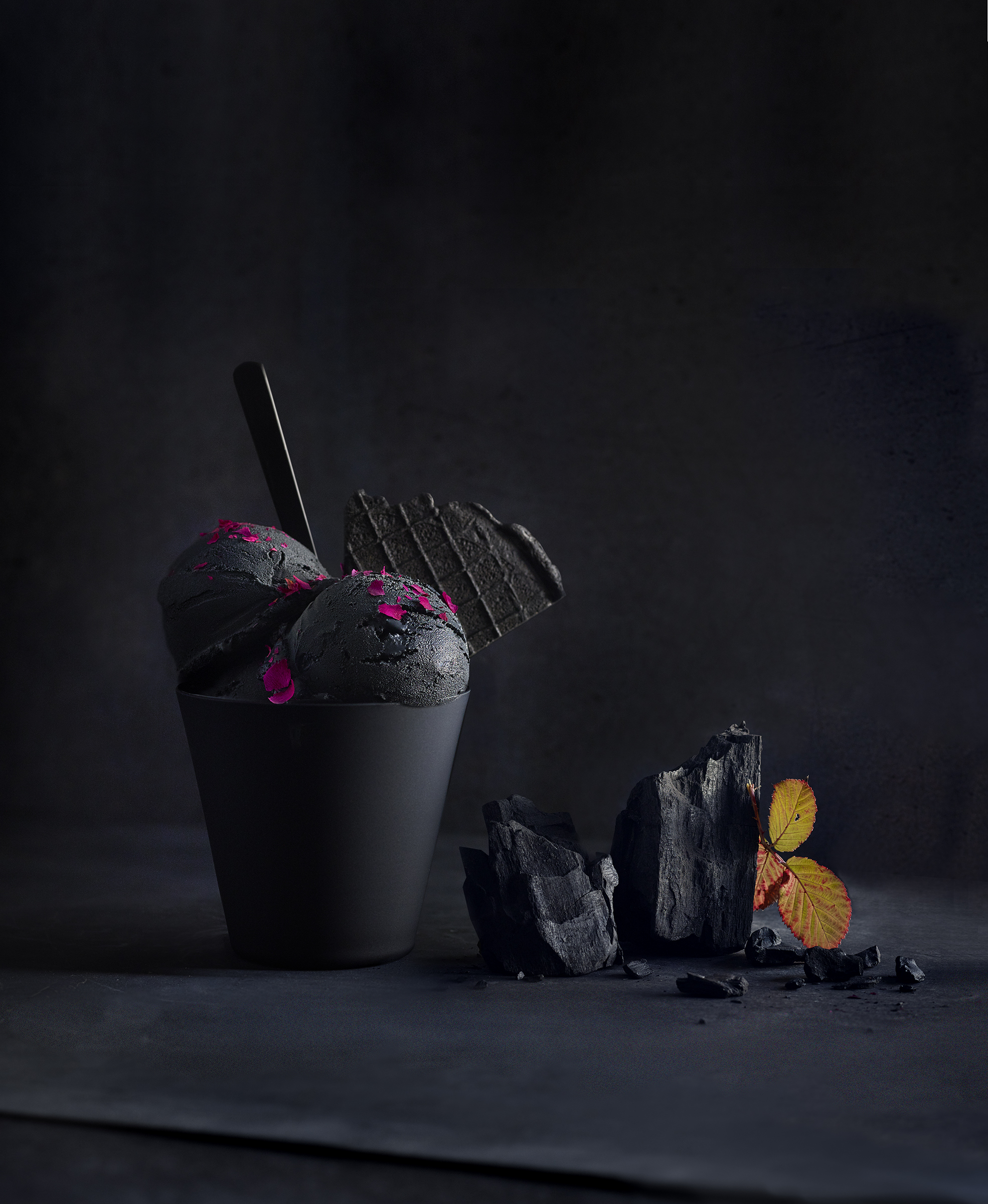 Icecream_Black_Charcoal_LowRes